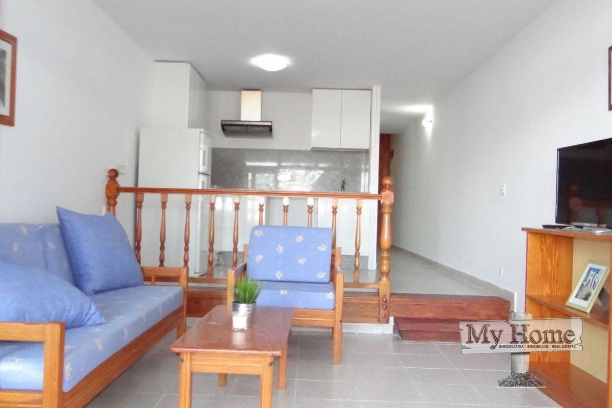 Spacious apartment with open views on main street of Playa del Inglés