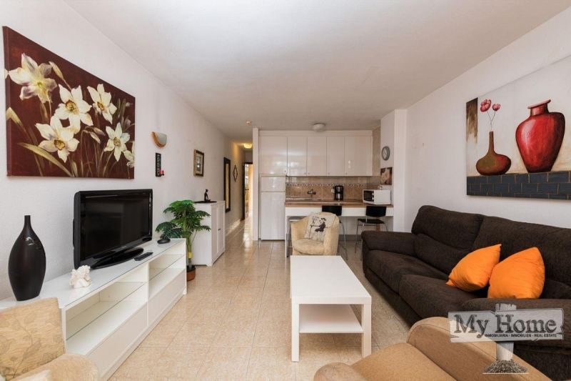 Beautiful one bedroom apartment right beside Yumbo center