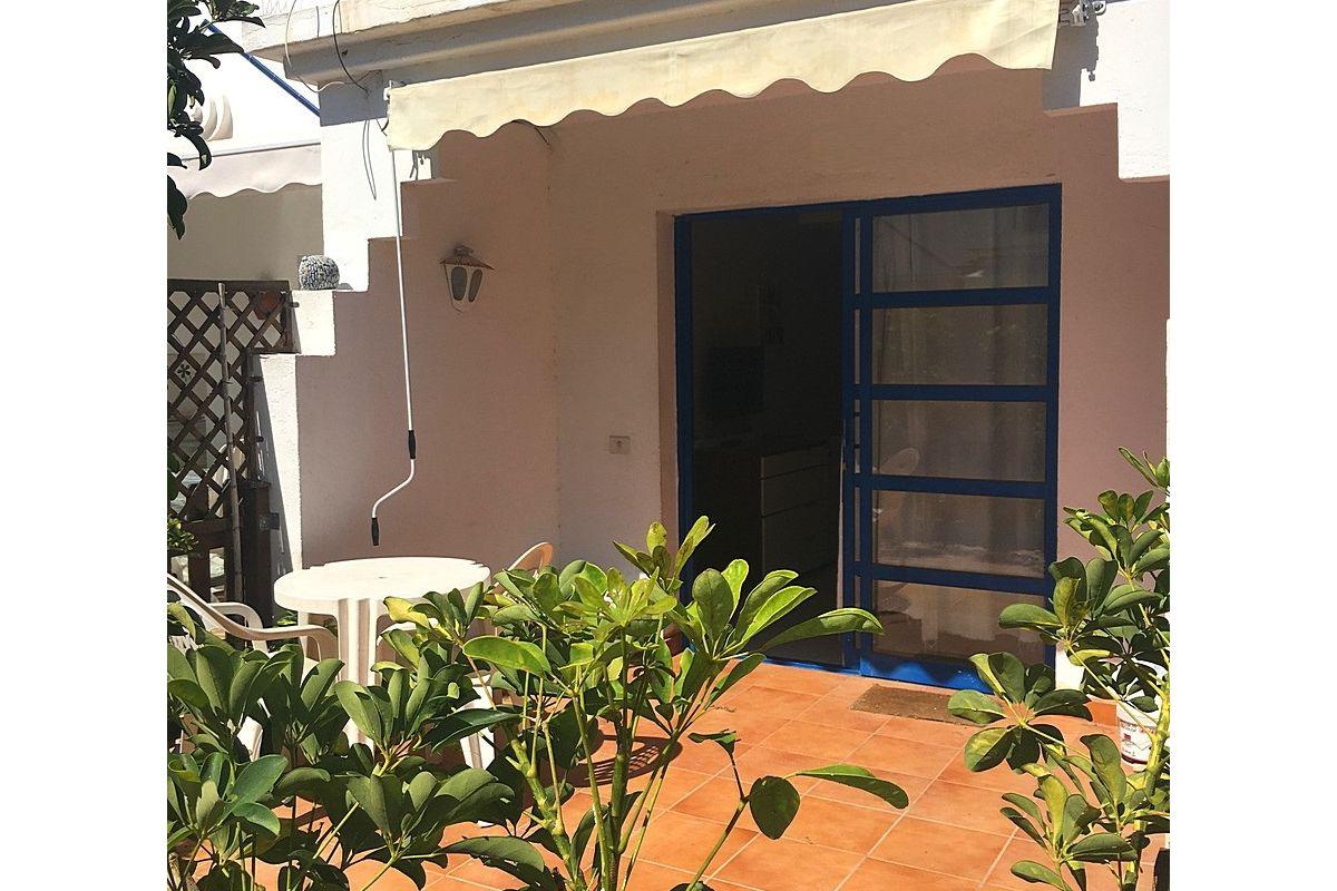 Beautiful single bedroom duplex style bungalow in Campo Internacional