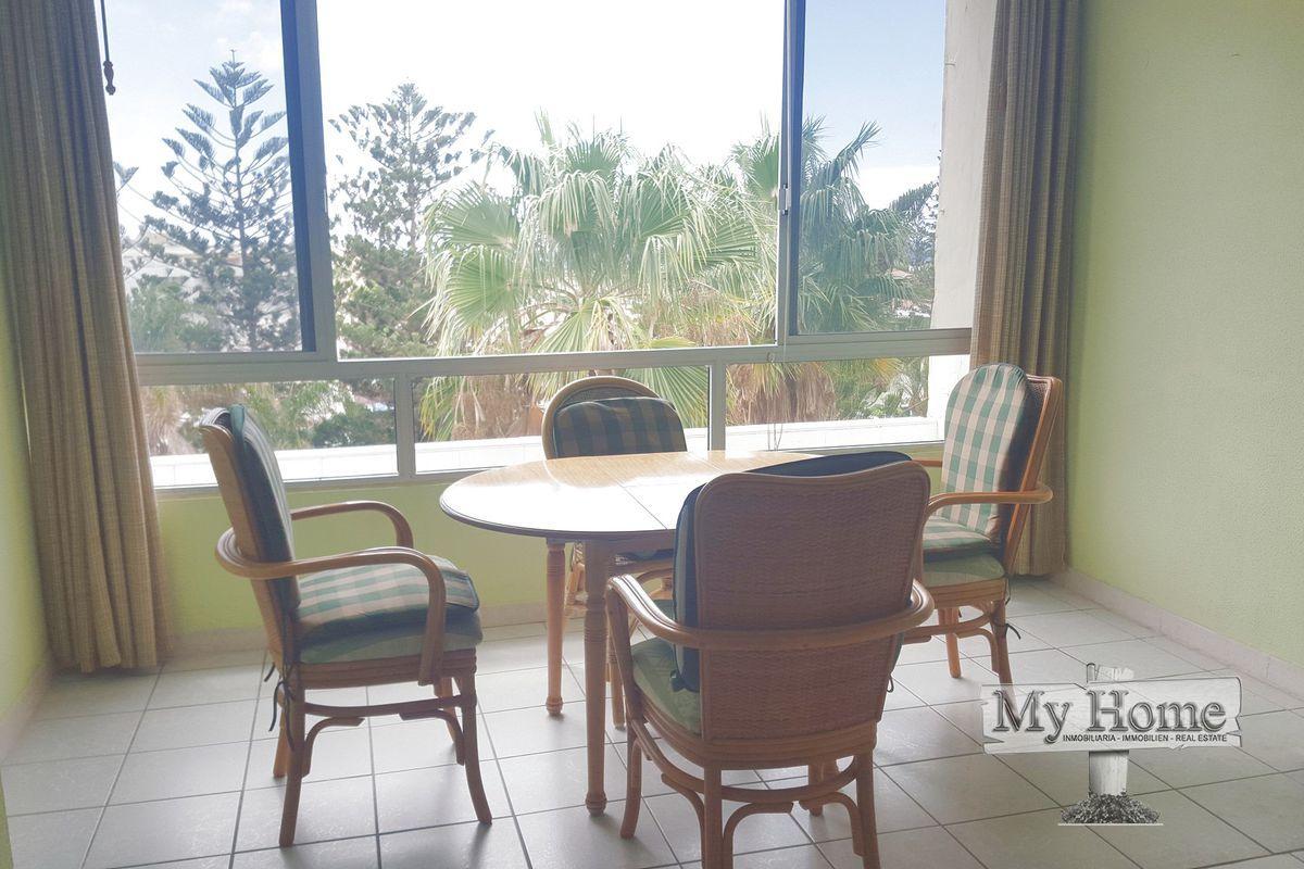 Top floor apartment in center of Playa del Inglés
