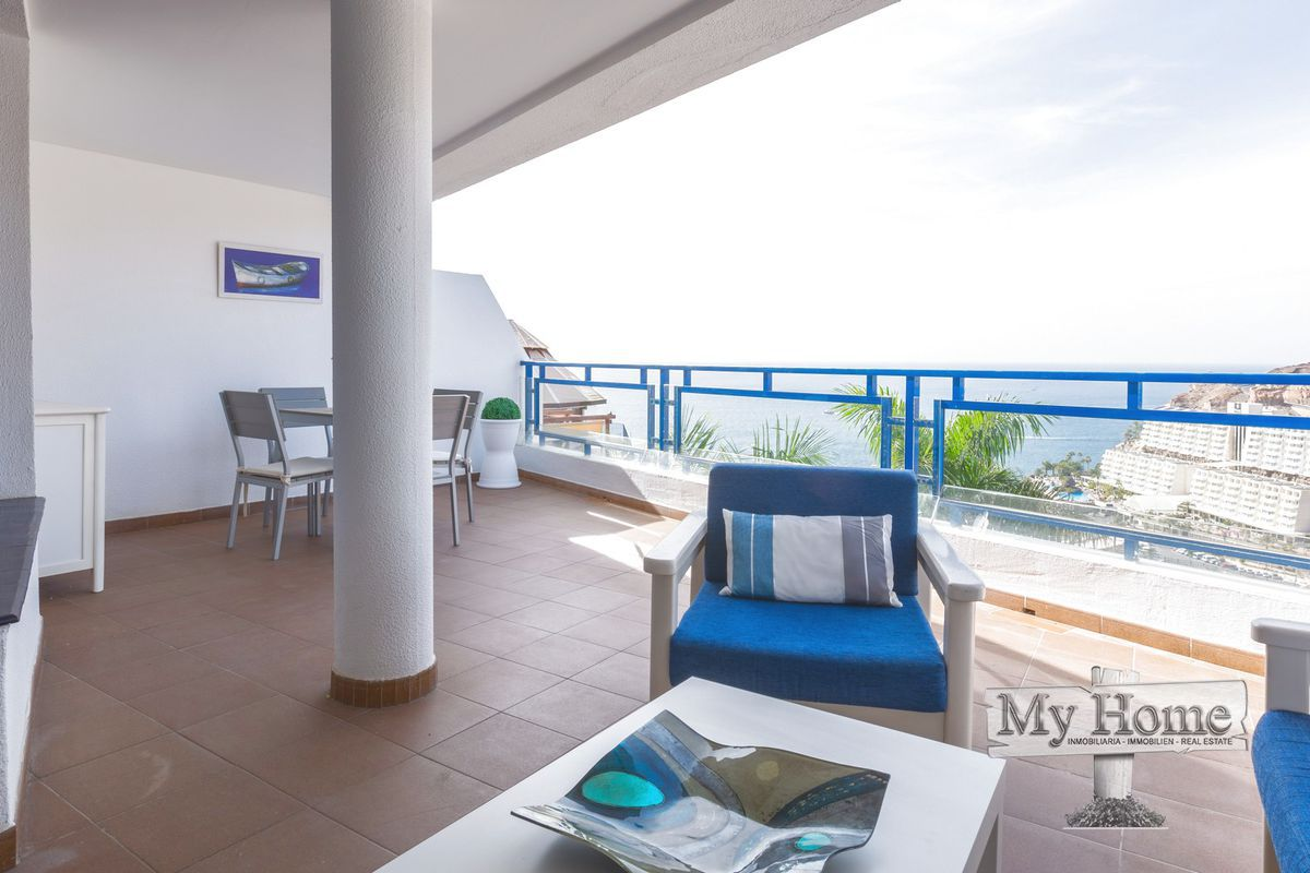 Dazzling renovated apartment with breathtaking sea views from tremendous terrace in Taurito