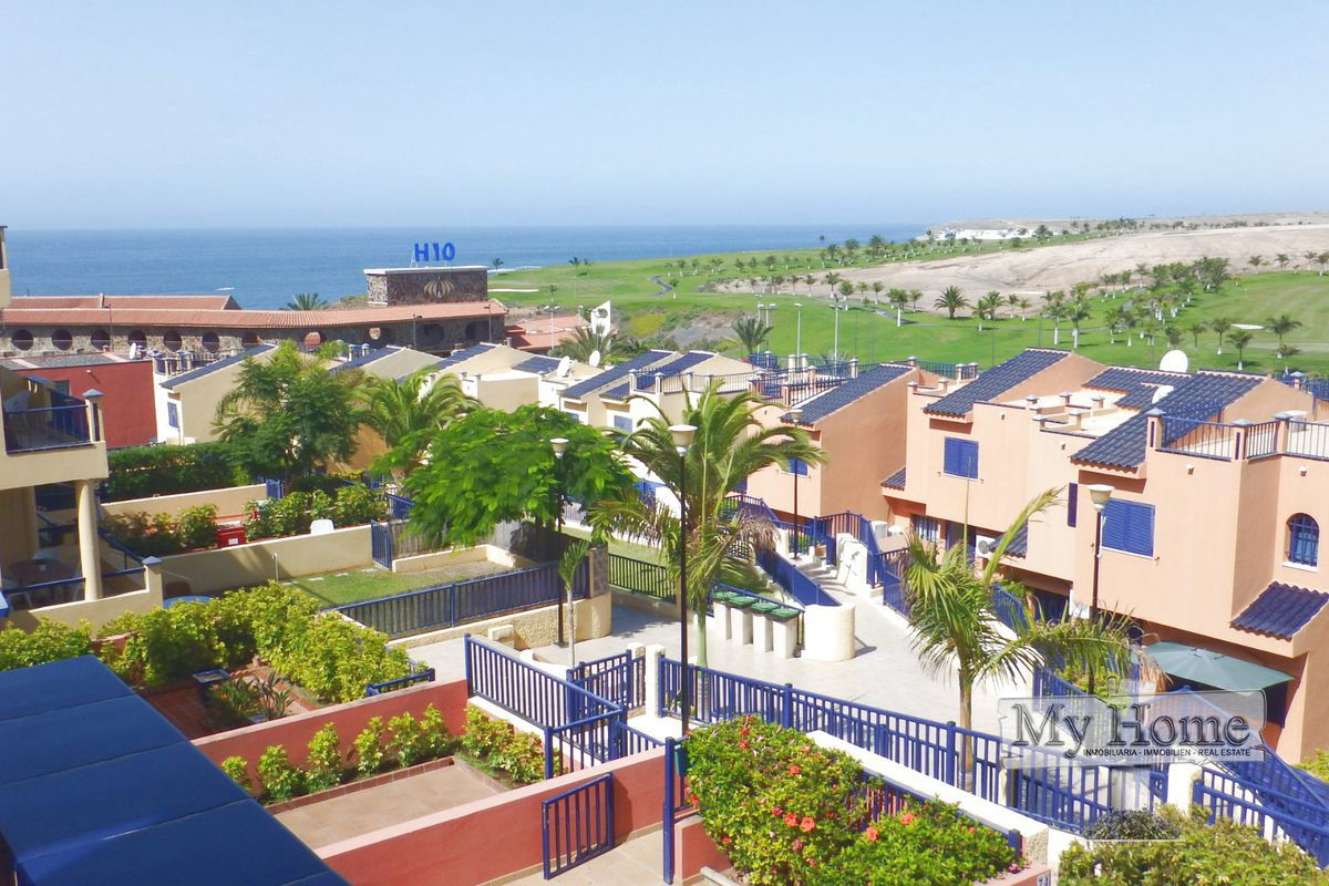 Triplex with views over sea and Meloneras golf course