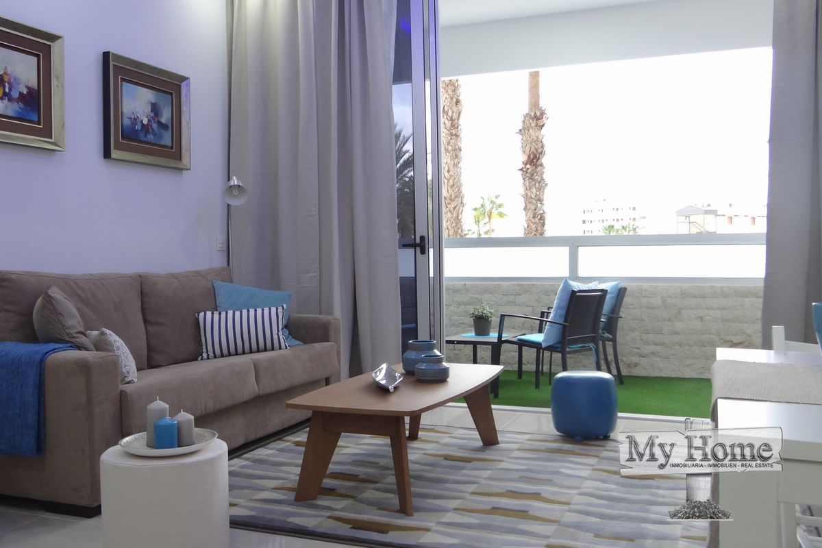 Spectacular new renovated apartment with modern furniture and sea views