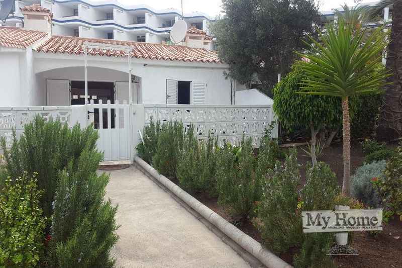 Two bedroom bungalow for sale in quiet corner of Playa del Inglés