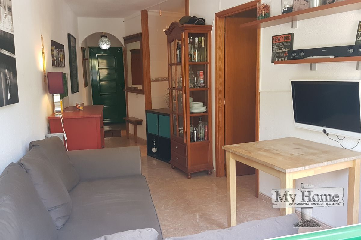 Top floor renovated apartment just a few steps away from the beach