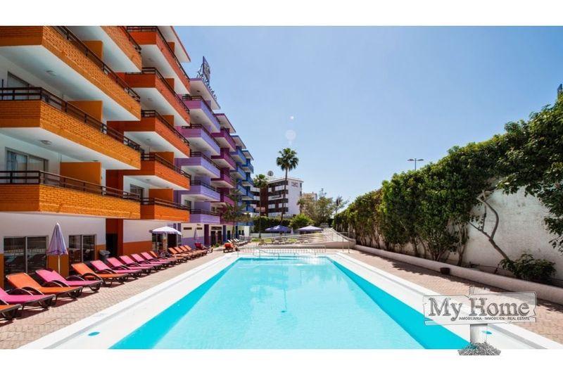 Top floor apartment in the heart of Playa del Inglés