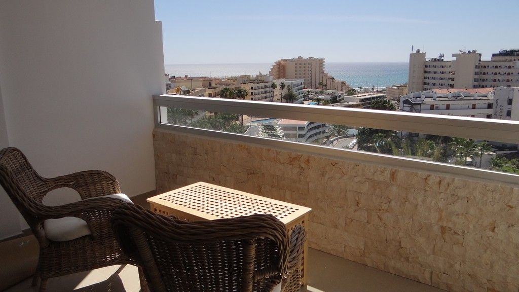 Incredible newly renovated apartment with views over the Atlantic ocean