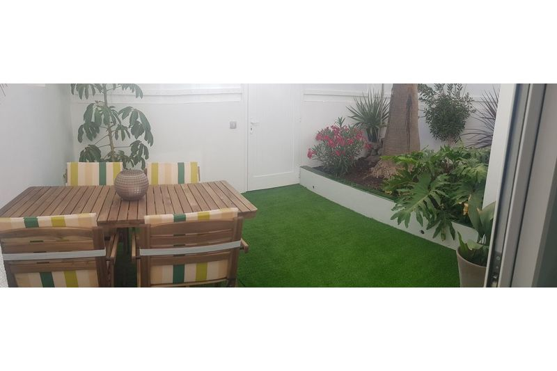 Modern renovated spacious two bedroom bungalow in Sonnenland