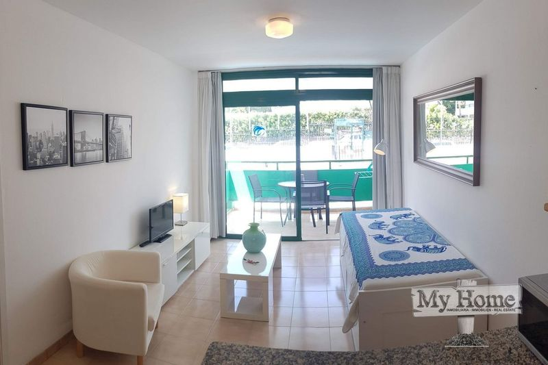 Apartment located on walk way to beach