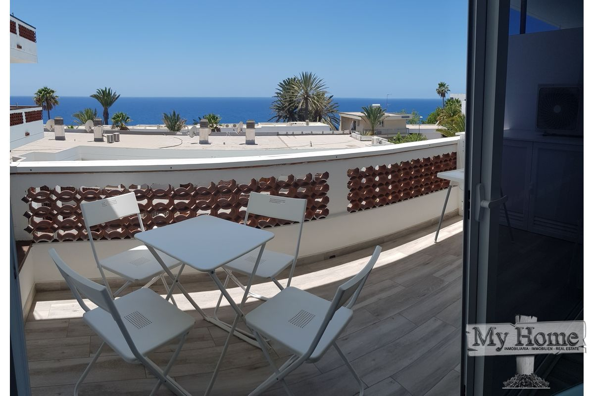 Renovated apartment with sea views in quiet area of San Agustín