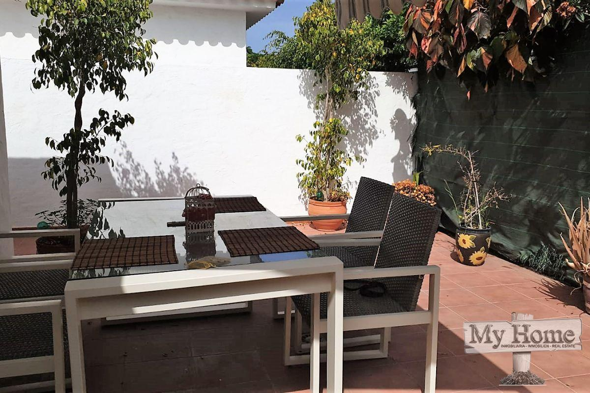 Extraordinary bungalow for sale with private entrance in Campos Internacionales