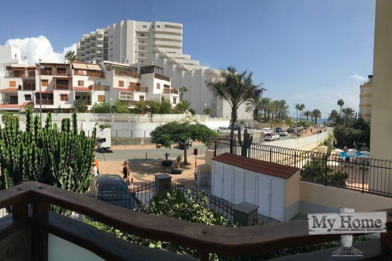 Property located just a few steps away from Playa del Inglés beach front