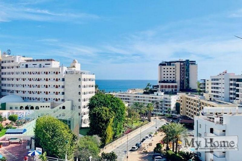 Two bedroom top floor apartment with sea views in central location