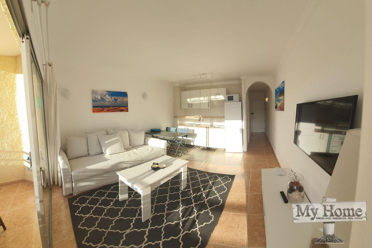 One bedroom modern renovated apartment located in second line of Playa del Inglés beach