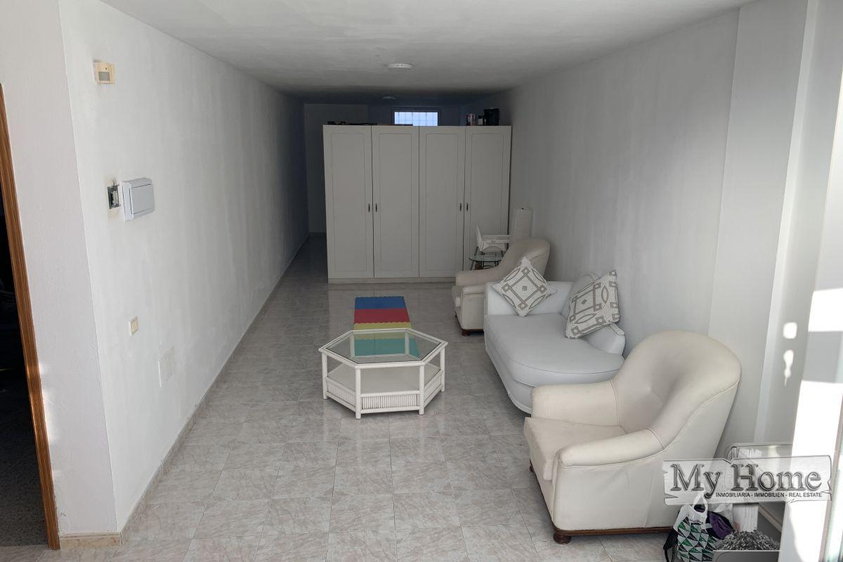 Apartment in residential area with bills included