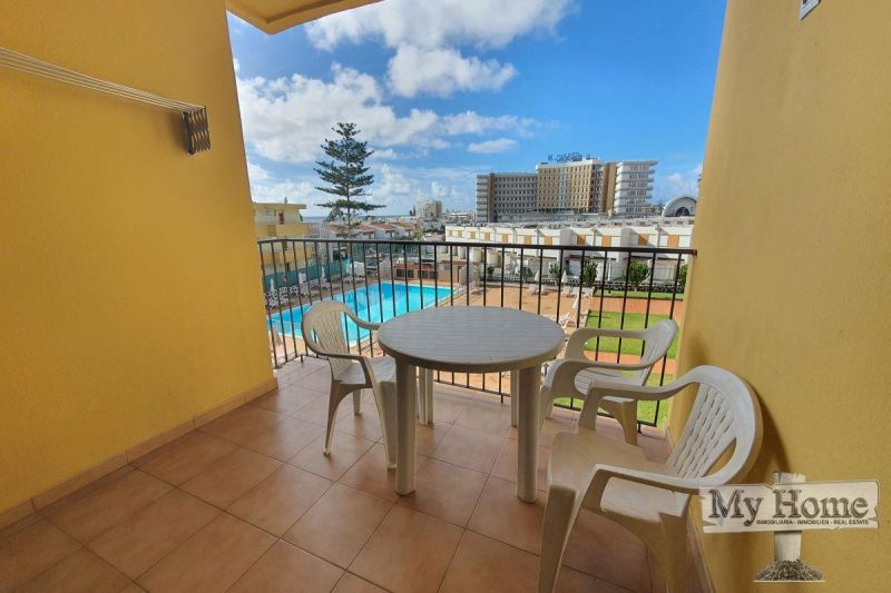 Two bedroom apartment with sea views in second line of Playa del Inglés beach