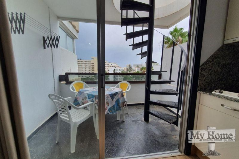 Studio with private roof top terrace in central location of Playa del Inglés