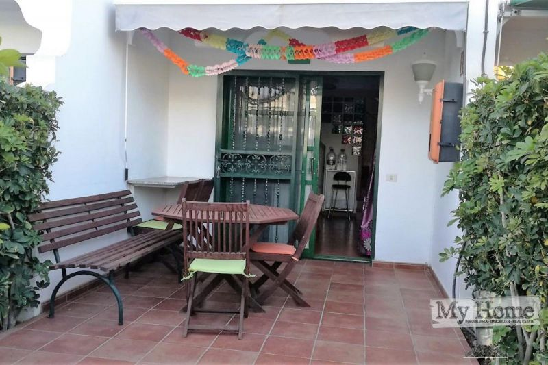 Two-storey bungalow for rent in Maspalomas