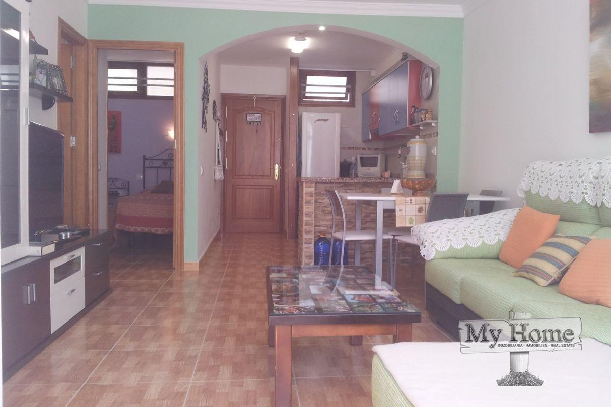 Renovated two bedroom apartment on ground floor