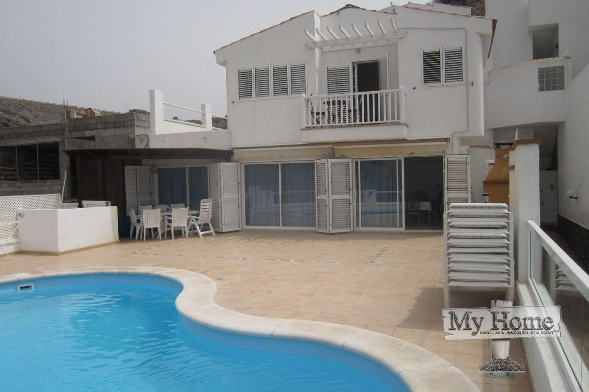 House in San Agustin with private pool