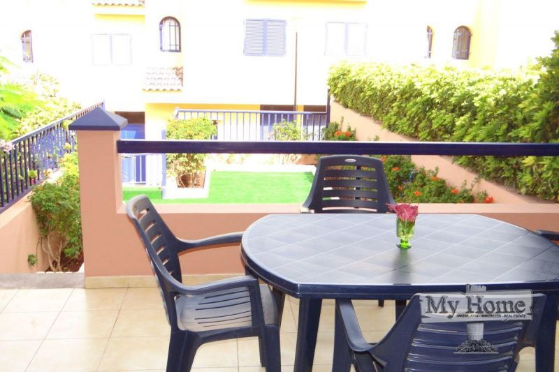 Lovely triplex with sea views in Meloneras