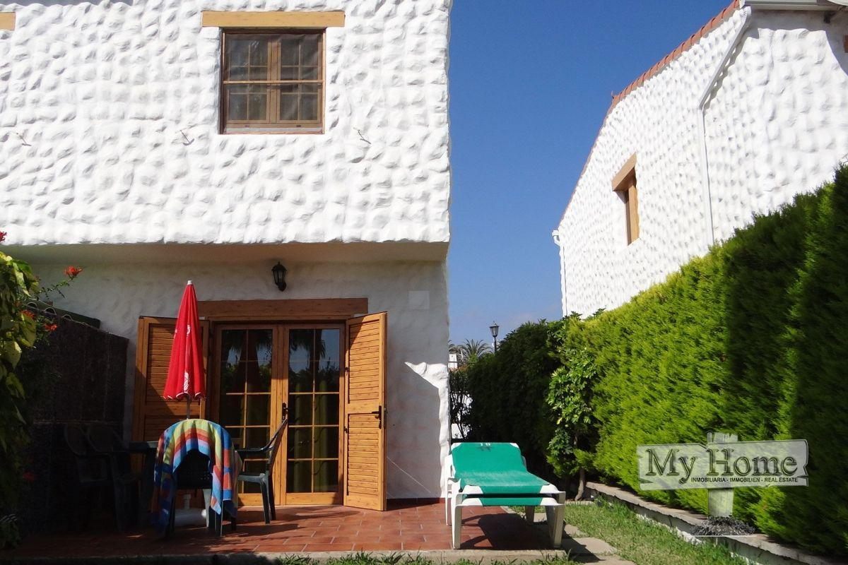 Duplex style bungalow for rent in central area of Playa del Inglés