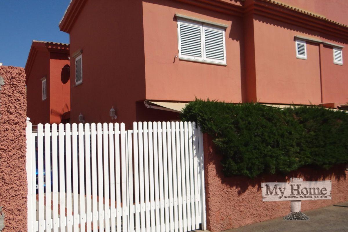 Lovely semi-detached villa in residential area of Sonnenland