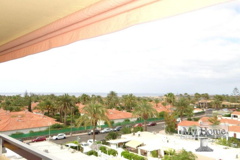 Central apartment on top floor for rent in Playa del Inglés