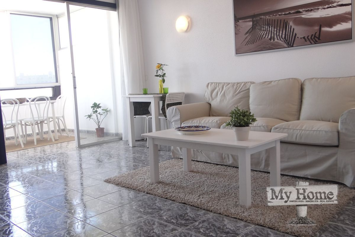 Spacious modern apartment in the center of Playa del Inglés