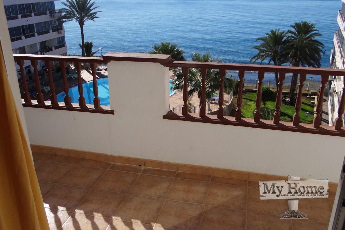 Apartment with impressive sea views in Playa del Aguila