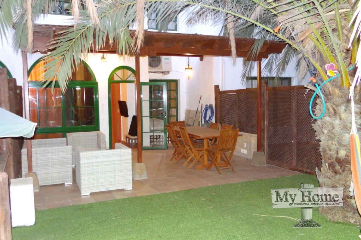 Apartment in first line of Bahia Feliz beach