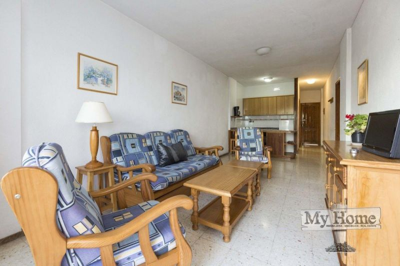 Spacious apartment walking distance from the beach