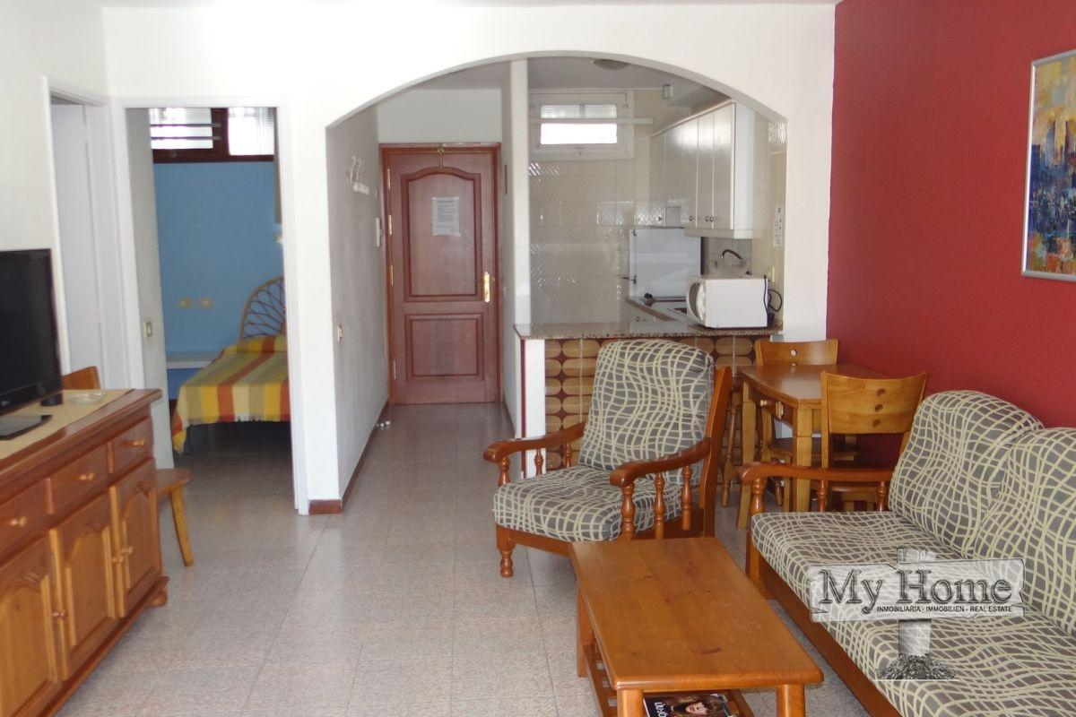 Well located two bedroom apartment for rent