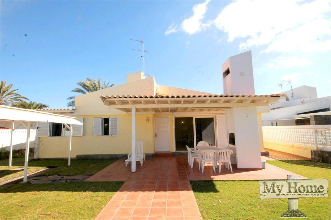 Bungalow on small complex with private entrace and massive garden in Maspalomas