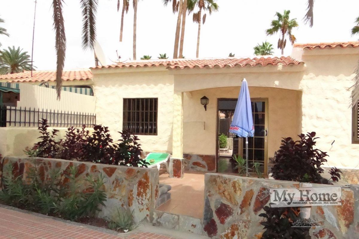 Central bungalow for sale in Playa del Inglés