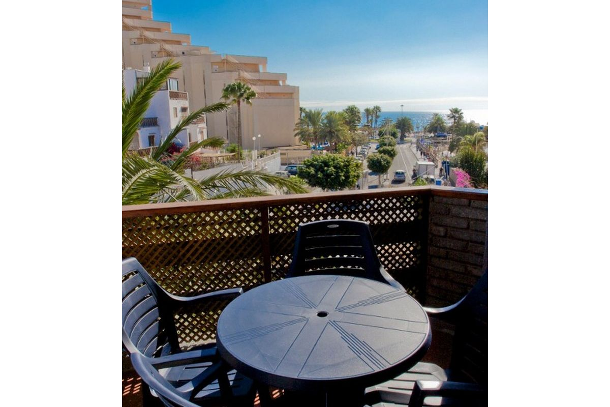 Two bedroom apartment with sea views at two minute walk from beach