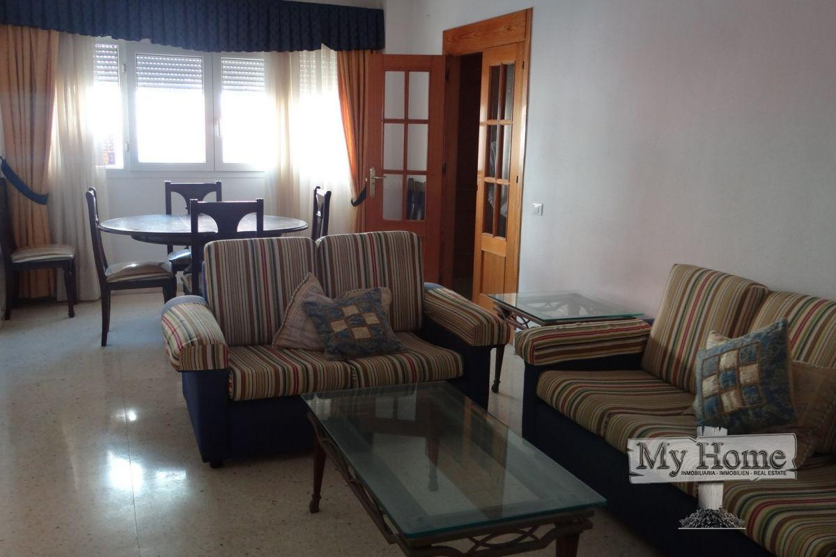 Duplex for rent in residential area of San Fernando
