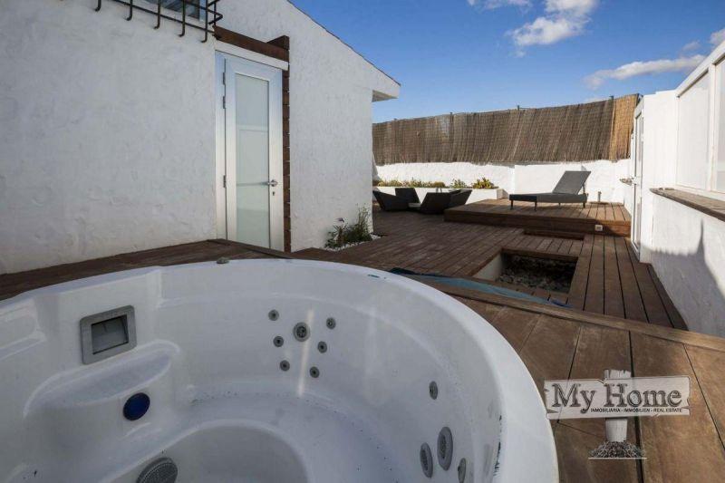 Modern unique renovated loft style bungalow for rent
