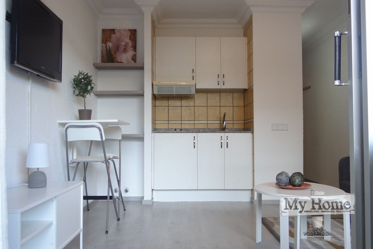 Cosy renovated apartment within walking distance from beach