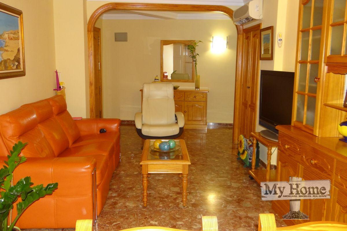 Spacious apartment just a few minutes walking from the beach