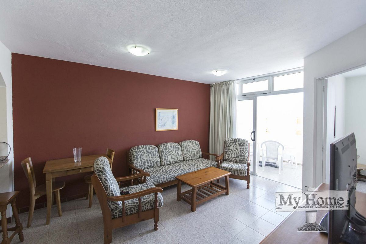 Top floor two bedroom apartment in central yet quiet location
