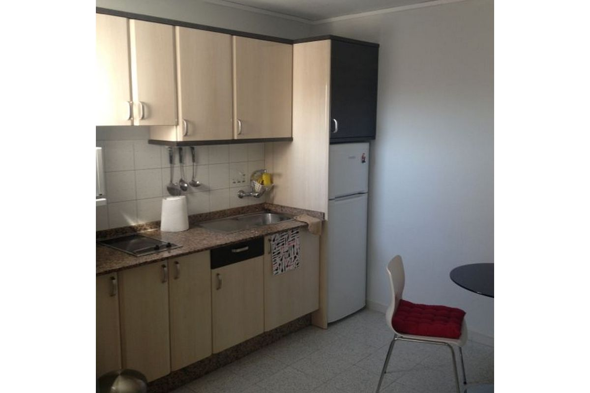 081 416 Fantastic Top Floor Apartment Close To Yumbo